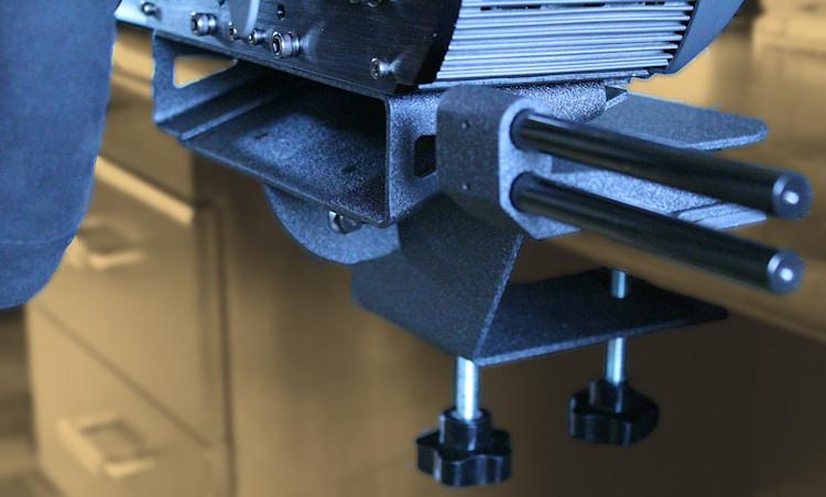 Fanatec Clubsport Wheel: les tests Nextgen Table%20clamp